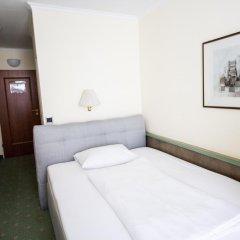 Aurbacher Hotel 3* Стандартный номер с различными типами кроватей фото 5