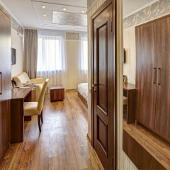 Three Crowns Hotel интерьер отеля