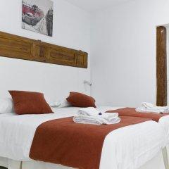Отель Hostal Panizo Стандартный номер с 2 отдельными кроватями фото 2