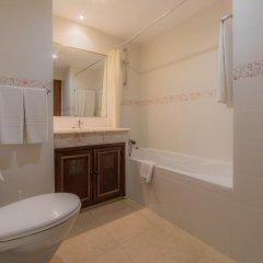 Отель Algamar Португалия, Виламура - отзывы, цены и фото номеров - забронировать отель Algamar онлайн ванная