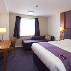 Отель Premier Inn London Waterloo комната для гостей фото 2