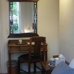 Hotel Guldsmeden Aarhus 3* Стандартный номер с двуспальной кроватью (общая ванная комната) фото 2