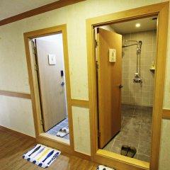 Отель Hi Jun Guesthouse Hongdae сауна