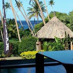 Отель Vosa Ni Ua Lodge Савусаву бассейн