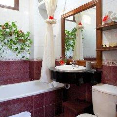Отель Nhi Nhi 3* Улучшенный номер фото 4