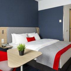 Отель Holiday Inn Express Frankfurt Messe 3* Номер Бизнес с различными типами кроватей фото 4