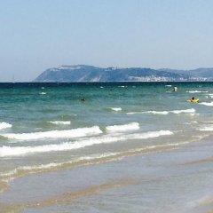 Hotel Liane пляж