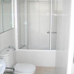 Отель Villa Mar Испания, Кала-эн-Бланес - отзывы, цены и фото номеров - забронировать отель Villa Mar онлайн ванная фото 2