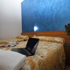 Hotel Brasil Milan Стандартный номер с различными типами кроватей (общая ванная комната) фото 8