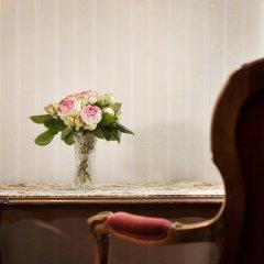 Suzanne Hotel Pension Вена удобства в номере