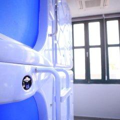 Отель MET A Space Pod @ Boat Quay Номер Делюкс с различными типами кроватей фото 4