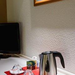 Отель ibis Porto Sao Joao 2* Улучшенный номер с различными типами кроватей фото 7
