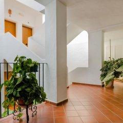 Отель Apartamentos O2 Conil Испания, Кониль-де-ла-Фронтера - отзывы, цены и фото номеров - забронировать отель Apartamentos O2 Conil онлайн интерьер отеля