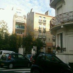 Отель Boulogne's Douceur de Vivre Булонь-Бийанкур парковка
