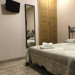 Отель Hostal El Pilar Стандартный номер с двуспальной кроватью фото 14