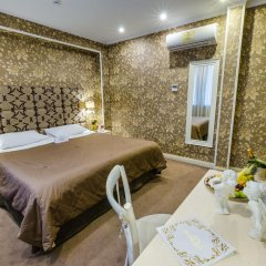 Гостиница Де Пари 4* Улучшенный номер с двуспальной кроватью фото 8
