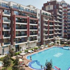 Отель Admiral Plaza Holiday Apartments Болгария, Солнечный берег - отзывы, цены и фото номеров - забронировать отель Admiral Plaza Holiday Apartments онлайн бассейн фото 3