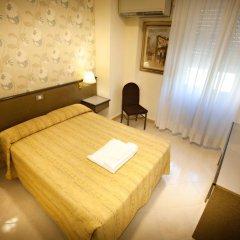 Hotel Dei Fiori 3* Стандартный номер с двуспальной кроватью фото 5