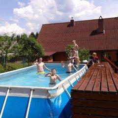 Отель Вилла Речка Волосянка бассейн