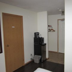 Отель Chalet Continental Motel в номере