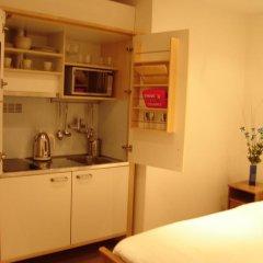 Отель Mstay 291 Suites Номер Делюкс с различными типами кроватей фото 14