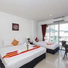 Golden House Hotel Patong Beach 3* Улучшенный номер с различными типами кроватей фото 8