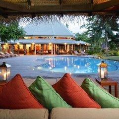Отель Matangi Private Island Resort бассейн фото 2