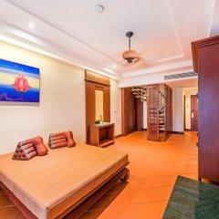 Отель Duangjitt Resort, Phuket 5* Семейный люкс с двуспальной кроватью фото 6