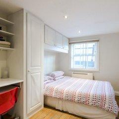 Отель Cosy 1 Bedroomed Central London Великобритания, Лондон - отзывы, цены и фото номеров - забронировать отель Cosy 1 Bedroomed Central London онлайн комната для гостей фото 4