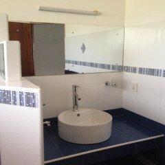 Отель Ypsylon Tourist Resort Шри-Ланка, Берувела - отзывы, цены и фото номеров - забронировать отель Ypsylon Tourist Resort онлайн ванная