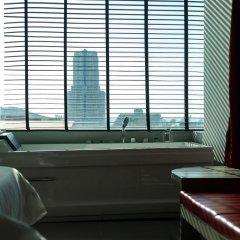 At Patong Hotel 4* Номер Делюкс двуспальная кровать фото 15