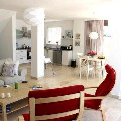 Отель White Suites XI комната для гостей фото 2
