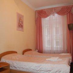 Гостевой Дом Золотая Середина Номер Эконом с 2 отдельными кроватями фото 9