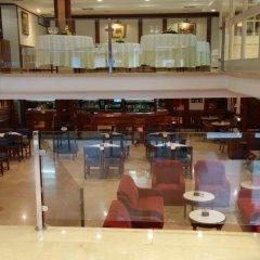 Отель Serantes Hotel Испания, Эль-Грове - отзывы, цены и фото номеров - забронировать отель Serantes Hotel онлайн интерьер отеля