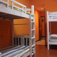 Dengba Hostel Chengdu Branch Кровать в общем номере с двухъярусной кроватью