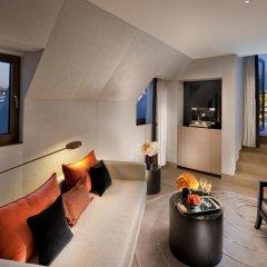 Отель Mandarin Oriental Paris 5* Номер Делюкс с различными типами кроватей фото 6