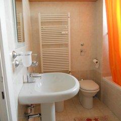 Отель Allegra House Италия, Милан - отзывы, цены и фото номеров - забронировать отель Allegra House онлайн ванная