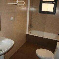 Отель Apartaments AR Blavamar San Marcos ванная фото 2
