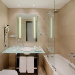 Отель NH Collection Milano President 5* Улучшенный номер с различными типами кроватей фото 11