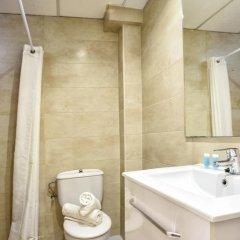 Hotel Gabarda & Gil 2* Номер категории Эконом с различными типами кроватей фото 4