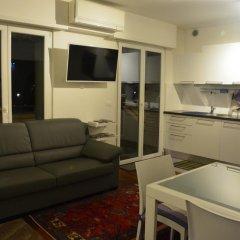Отель Monolocale SuperAccessoriato Меран комната для гостей фото 2