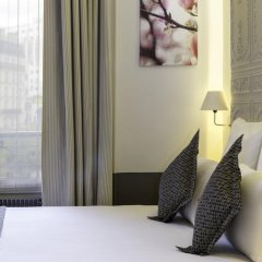 Отель Contact ALIZE MONTMARTRE 3* Улучшенный номер с двуспальной кроватью фото 13
