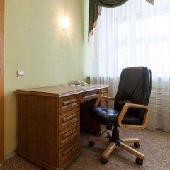 Гостиница ИжОтель 3* Люкс с двуспальной кроватью фото 16