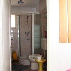 Отель Miskolctapolca Apartman Венгрия, Силвашварад - отзывы, цены и фото номеров - забронировать отель Miskolctapolca Apartman онлайн ванная фото 2