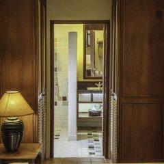 Отель Villa Deux Rivieres Лаос, Луангпхабанг - отзывы, цены и фото номеров - забронировать отель Villa Deux Rivieres онлайн интерьер отеля фото 2
