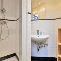 Отель Zurenborg Studios Антверпен ванная