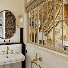 Отель Relais Christine 5* Улучшенный номер с различными типами кроватей фото 3