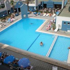 The St. George's Park Hotel бассейн