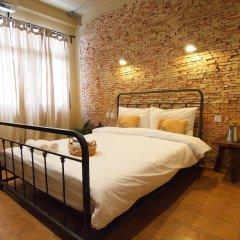 Niras Bankoc Cultural Hostel Стандартный номер с двуспальной кроватью фото 4