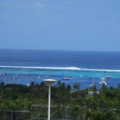 Tiki Hotel пляж фото 2
